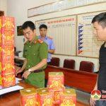 Công an Đô Lương bắt quả tang vụ tàng trữ pháo trái phép