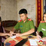 Công an Đô Lương:  Làm chứng minh nhân dân tại gia cho người già cả, tàn tật