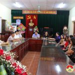 Đồng chí Phùng Thành Vinh – Phó bí thư – Chủ tịch UBND huyện dự tọa đàm kỷ niệm ngày 20 – 11 tại trường THCS Lý Nhật Quang.