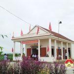 Đồng chí Ngọc Kim Nam  – Bí thư huyện ủy dự lễ Đại đoàn kết xóm 8, xã Ngọc Sơn