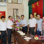 Đồng chí Ngọc Kim Nam – Bí thư huyện ủy chúc mừng ngày truyền thống MTTQ