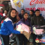 Tuổi trẻ xã Đặng Sơn, Đô Lương tặng chăn ấm cho người nghèo huyện Quế Phong .
