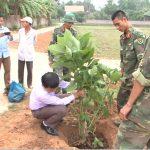 Huyện Đoàn Đô Lương Phát động trồng hoa tại xã Giang Sơn Tây