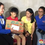 Đặng Sơn: Trao gần 20 triệu cho học sinh nghèo bị tai nạn rủi ro.