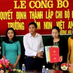 Đô Lương: Lễ công bố Quyết định thành lập chi bộ Đảng Trường Mầm non Việt Anh.