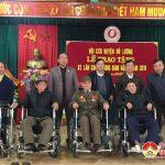 Hội CCB huyện Đô Lương trao 33 xe lăn cho thương binh nặng