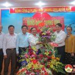 UBND, UBMTTQ và các đoàn thể, các đơn vị chúc mừng Huyện ủy Đô Lương nhân ngày thành lập Đảng