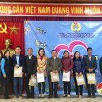 """LĐLĐ Đô Lương:  Chương trình """"Tết sum vầy"""" trao tặng 719 suất quà cho đoàn viên có hoàn cảnh khó khăn, thu nhập thấp."""