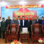 Các hội xã hội chúc mừng Huyện ủy nhân kỷ niệm 89 năm ngày thành lập Đảng