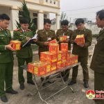Đội quản lý thị trường thu giữ 50 kg pháo nổ