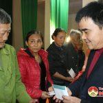 Công ty chợ Hải An tặng quà tết cho người nghèo