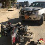Va chạm xe ô tô 7 chỗ với xe máy, 2 vợ chồng nhập viện