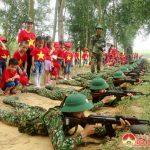 Giáo viên và học sinh Trường mầm non xã Đông Sơn, Đô Lương tham quan  tại Sư đoàn 324