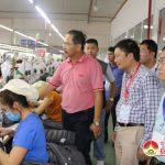 Đồng chí Lê Hồng Vinh – PCT UBND tỉnh thăm và làm việc tại công ty may Minh Anh.