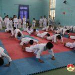 Các CLB Karatedo Đô Lương tổ chức kỳ thi vòng đai các cấp.