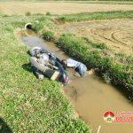 Phát hiện nam thanh niên chết dưới mương nước