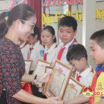 Đô Lương: Tuyên dương, khen thưởng 113 học sinh giỏi và 67 giáo viên có thành tích bồi dưỡng học sinh giỏi năm học 2018 – 2019.
