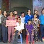 Hội chữ thập đỏ Đô Lương: Trao nhà tình nghĩa cho chị Nguyễn Thị Quang ở xóm 7 xã Hồng Sơn