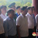 Đồng chí Thái Thanh Quý – Uỷ viên dự quyết Trung ương Đảng – Phó bí thư – Chủ tịch UBND tỉnh dâng hương tại khu di tích Lịch sử Truông Bồn.