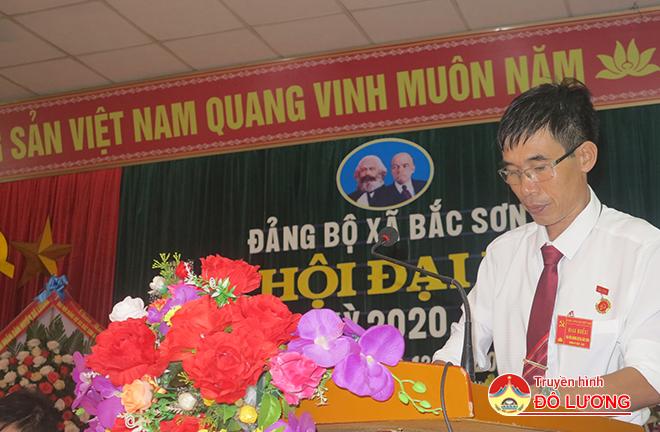 Ông-Lê-Văn-Hoài--Chủ-tịch-UBND-xã-Nky-2015-2020-khai-mạc-Đại-hội