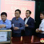 Đảng bộ cơ quan huyện ủy và Đảng bộ khối dân ủng hộ đồng bào miền trung bị lũ lụt và 2 liệt sỹ con em Đô Lương hi sinh tại Quảng Trị.