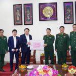 Đồng chí Phùng Thành Vinh – Bí thư Huyện ủy chúc mừng ngày 22/12 Sư đoàn 324