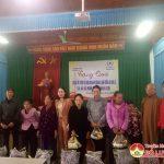 Hội từ thiện phật tử thành phố Hồ Chí Minh tặng quà cho các đối tượng có hoàn cảnh khó khăn bị ảnh hưởng do mưa lũ tại xã Minh Sơn và Nhân Sơn
