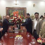 Đồng chí Phùng Thành Vinh- Tỉnh ủy viên- Bí thư Huyện ủy, thăm và chúc mừng Giáng sinh tại giáo xứ Bột Đà xã Đà Sơn