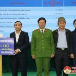 Đô Lương ủng hộ 4 tỷ đồng tiền mặt hỗ trợ người nghèo trong dịp tết.