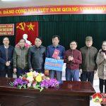 Ban Dân vận Tỉnh tặng quà Trung tâm Bảo trợ xã hội huyện Đô Lương
