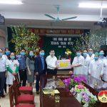 Thường trực HĐND tỉnh Nghệ An Kiểm tra công tác phòng chống dịch Covd-19 và tặng quà cho các đơn vị y tế tại Đô Lương nhân dịp ngày 27/2.