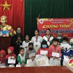 Hội chữ thập đỏ Đô Lương trao tặng 45 suất quà cho học sinh có hoàn cảnh khó khăn