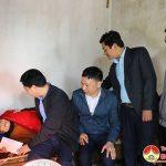 Trường Trung cấp Kinh tế Kỹ thuật Tây Nam Nghệ An trao quà tết cho mẹ Việt Nam anh hùng