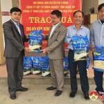 Hội nông dân huyện Đô Lương tiếp nhận 2 tấn gạo trao tặng hội viên có hoàn cảnh đặc biệt khó khăn dịp tết Tân Sửu 2021.