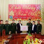 Sáng ngày 8/2, đồng chí Phùng Thành Vinh- Tỉnh ủy viên, Bí thư Huyện ủy, đồng chí Nguyễn Tất Hoài Hiệp- Phó bí thư thường trực Huyện ủy đã đến thăm, tặng quà các cán bộ, chiến sỹ Sư đoàn 324.