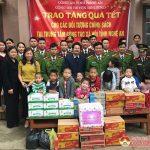 Công an Đô Lương tặng quà tết tại Trung tâm bảo trợ xã hội và trung tâm công tác xã hội Nghệ An.