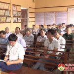 Đồng chí Phùng Thành Vinh Bí thư Huyện ủy dự sinh hoạt Chi bộ 2 xã Bài Sơn