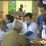 Huyện đoàn phối hợp với Chi đoàn Trung tâm y tế, Bệnh viện Đa khoa huyện khám, cấp thuốc miễn phí cho 188 người cao tuổi tại xã Hồng Sơn.