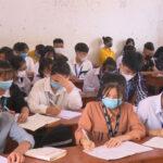 Các trường THPT tập trung điều chỉnh kế hoạch dạy học để phòng chống dịch và chuẩn bị kỳ thi tốt nghiệp THPT