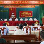 Các ứng cử Đại biểu HĐND huyện nhiệm kỳ 2021 – 2026 tiếp xúc cử tri Tràng Sơn để vận động bầu cử.