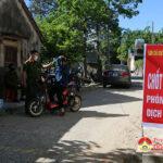 Công an huyện Đô Lương xử phạt 28 trường hợp không đeo khẩu trang và khai báo y tế gian dối