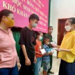 Hội chữ thập đỏ Đô Lương trao học bổng quỹ Thiện Tâm cho học sinh nghèo, hoàn cảnh khó khăn vươn lên học giỏi